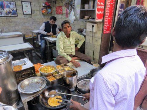 old-delhi-tour-paranthe-wali-gali-1024x768.jpg